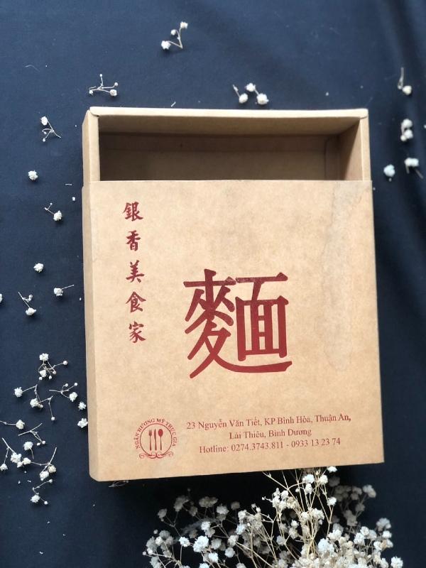 Sử dụng dạng hộp cứng giúp tăng giá trị sản phẩm, bảo vệ hàng hóa tốt hơn